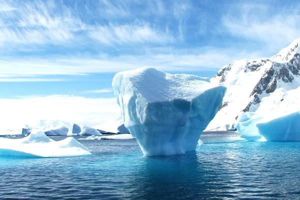 soñar con agua congelada