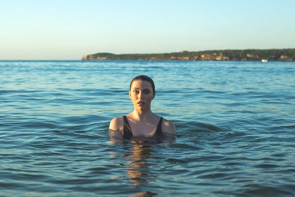 sueños con nadar en el mar