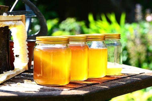 sueños con miel de abeja